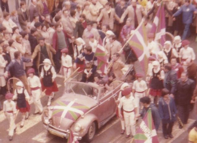 1977-12 FRANen ongi etorrixe 2 (2)