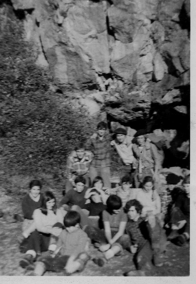 _Armiñako kobazuluk 1970 FRAN eta KIRRU tartin